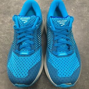 Brooks Womens Sz 6.5 Levitate 6 Running Shoes